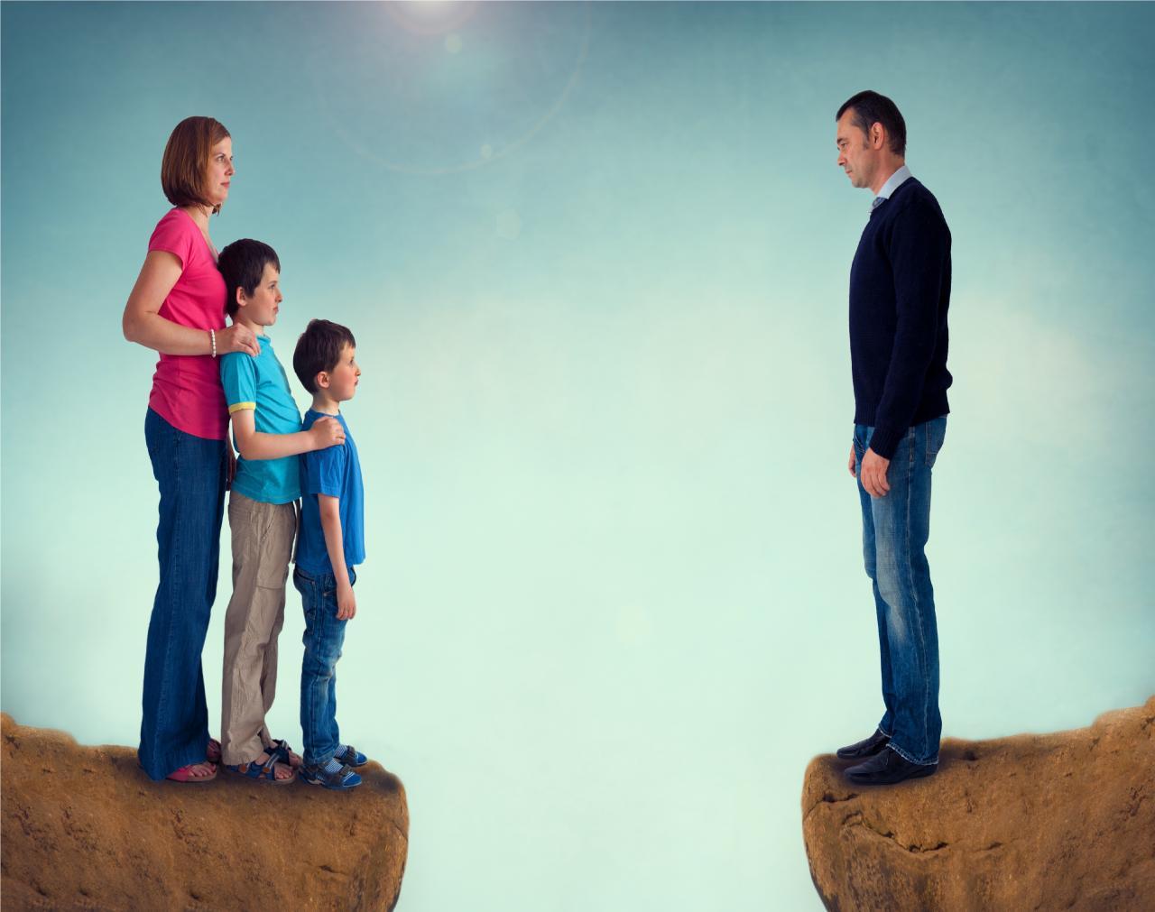 بالصور متى تسقط حضانة الام , شروط تسقط حق الام حضانتها لابنائها 2243