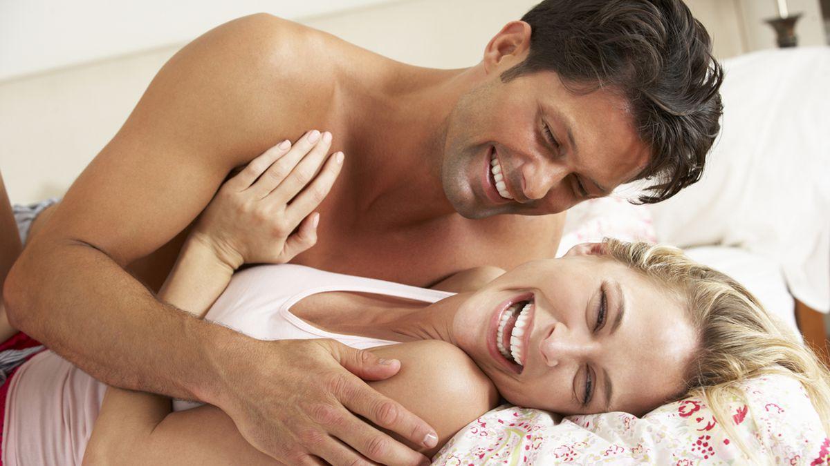صورة حركات الرجل عندما يشتهي , علامات تدل علي حب الرجل