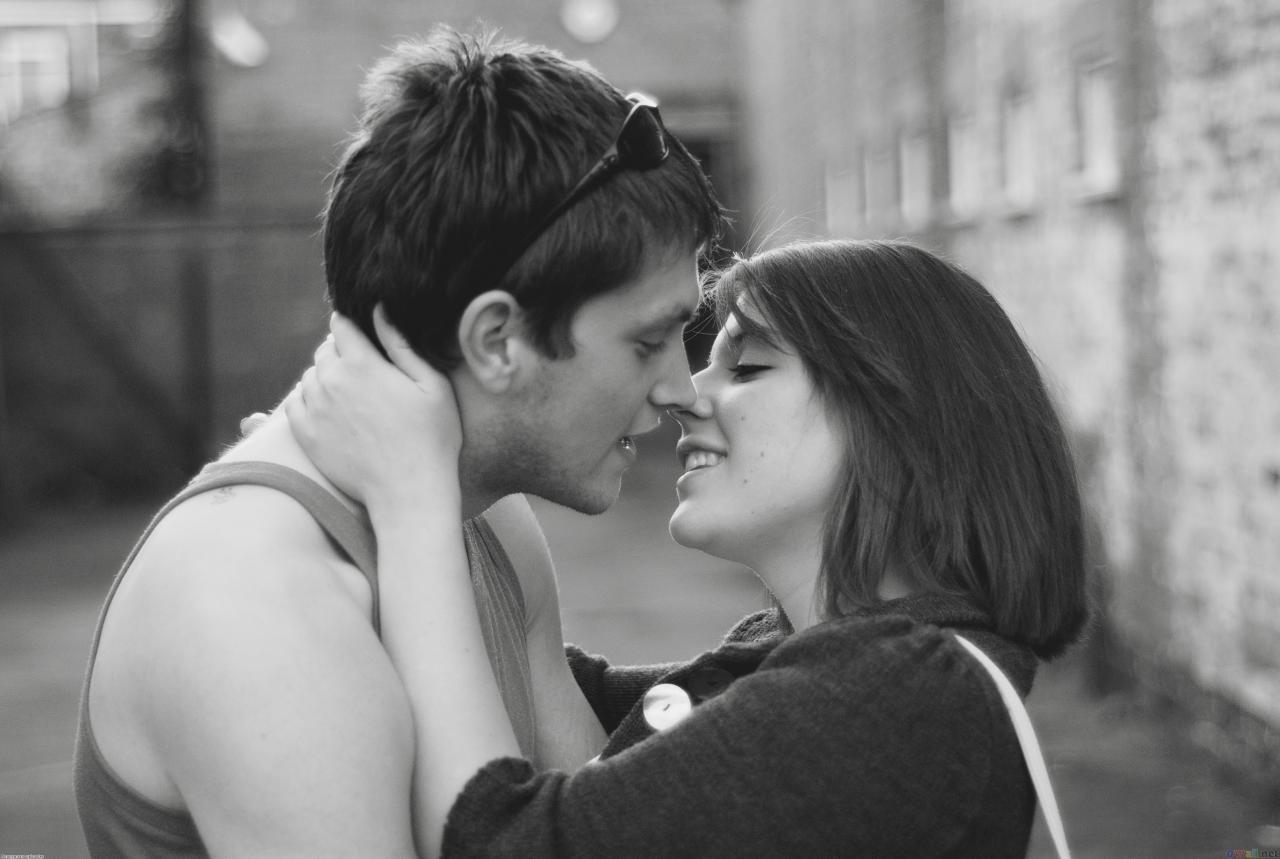 صور احضان وقبلات ساخنة صور حب و رومانسيه احضان الحب
