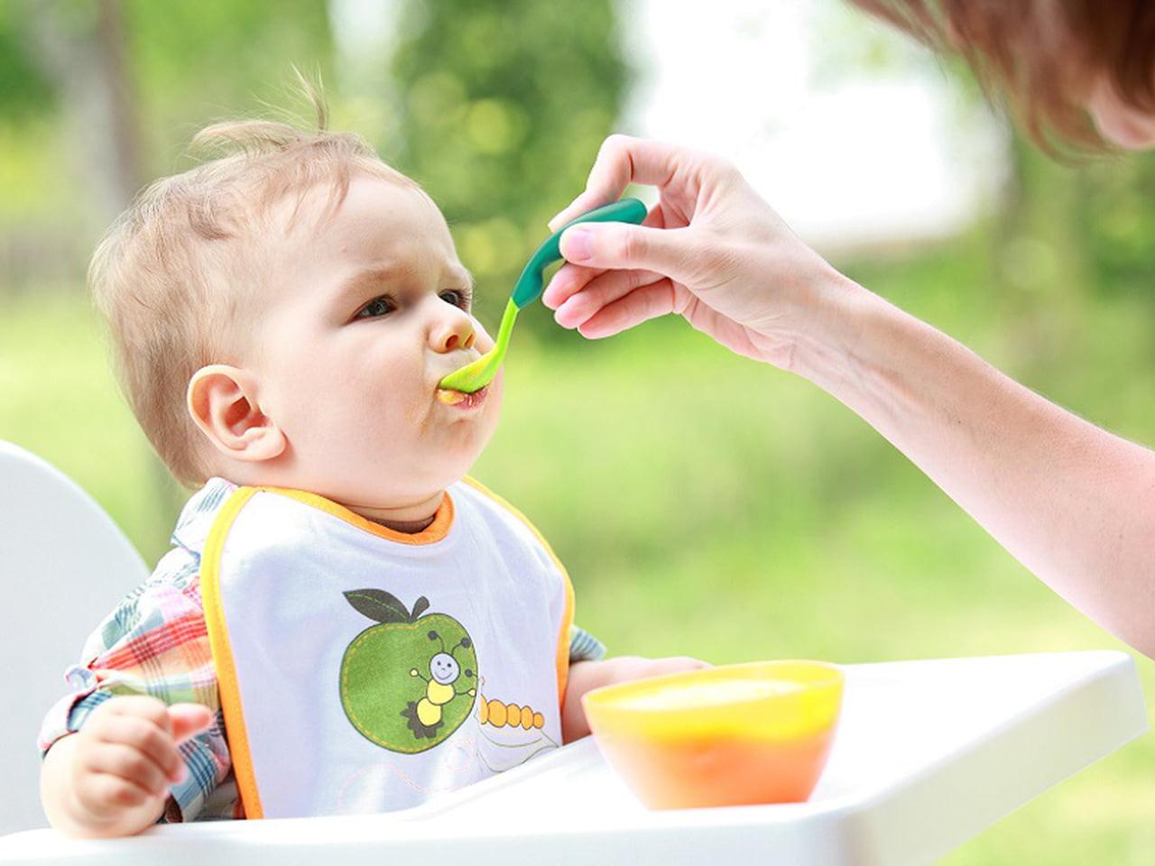 صورة حركات طفل 5 شهور , تطورات حركه الطفل ذات الخمس شهور