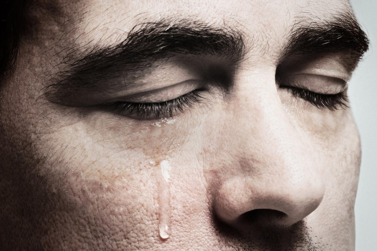 بالصور صور دموع حزينة , صور متنوعه حزن وبكاء 2245 24