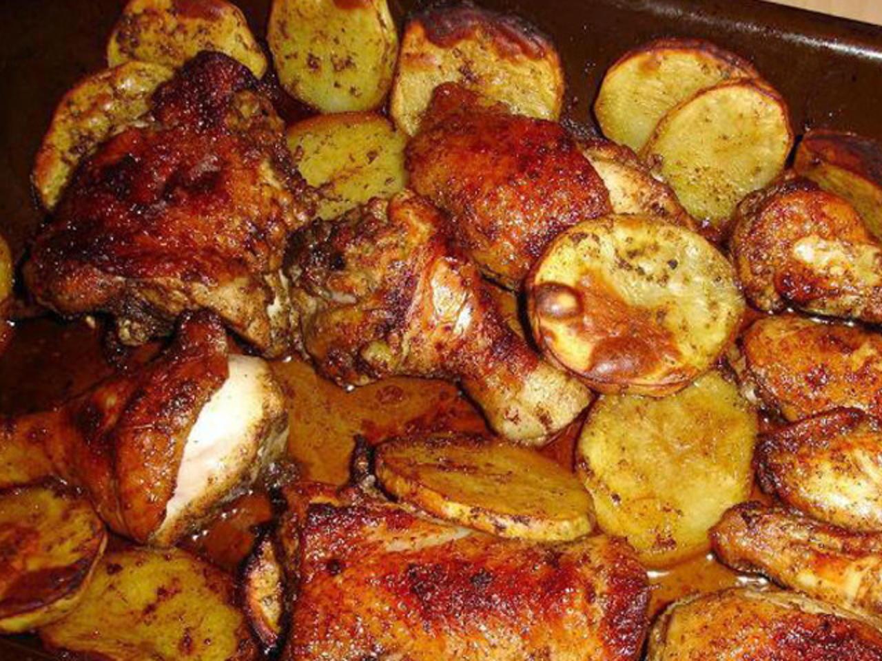 صور طريقة صينية البطاطس بالدجاج , خطوات عمل صنيه البطاطس بالدجاج في الفرن