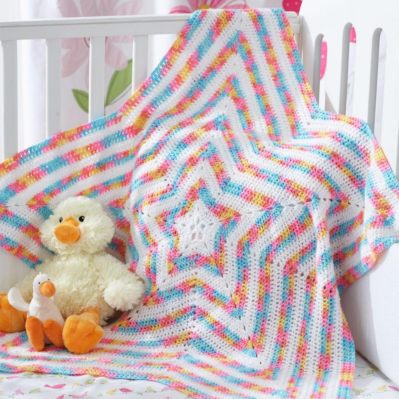 صورة بطانية بيبي كروشيه , ملابس اطفال بالكروشيه