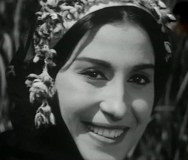 صور صور سهير المرشدي , بدايات سهير المرشدي علي المسرح