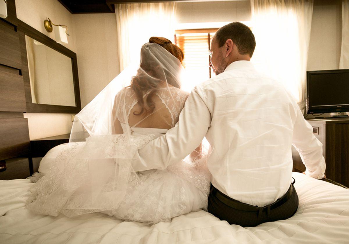 بالصور طريقة التعامل مع الزوج ليلة الدخله , فن التعامل مع الزوجه ليله الدخله 2544 2