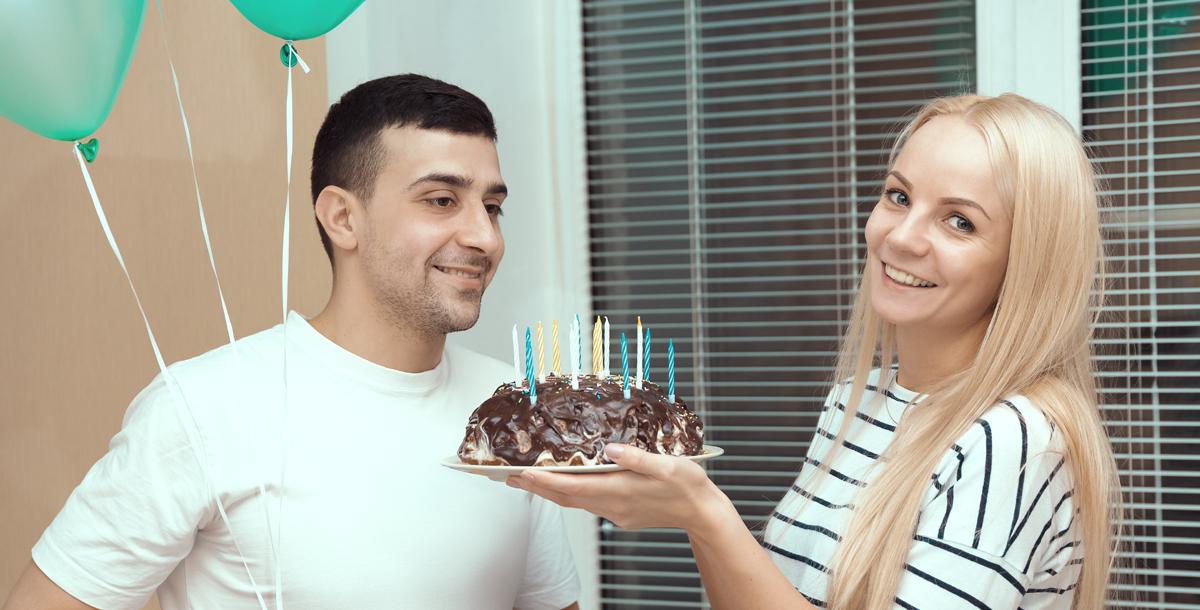 صورة تنسيق عيد ميلاد زوجي , فاجئيه في عيد مولده