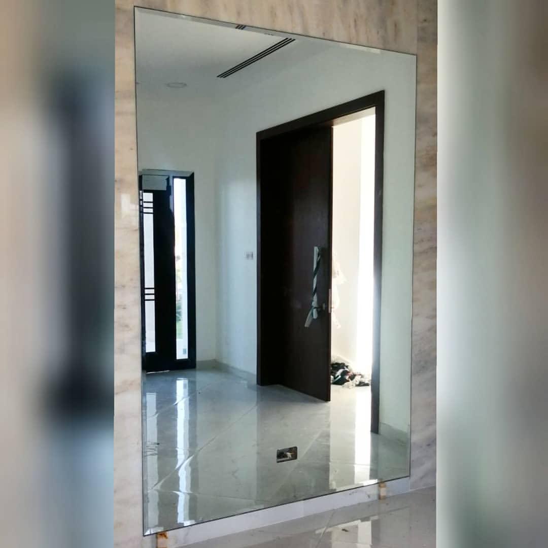 صورة ديكورات زجاجية للحائط , الفن بالزجاج وعمل ديكورات