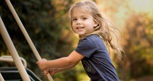 صورة طفلة تبتسم , اجمل صور الاطفال وهى تبتسم