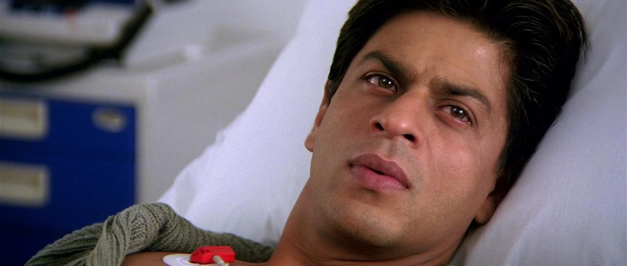 صورة صور دموع شاروخان , اجمل الصور المؤثرة للممثل الهندى شاروخان