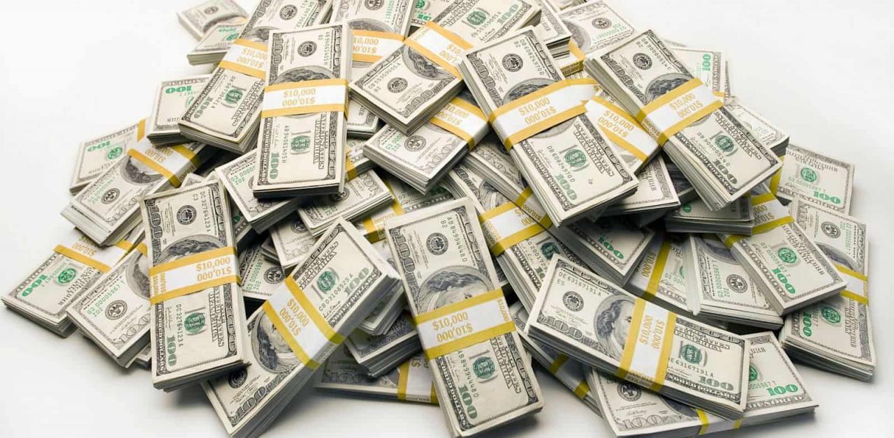 صورة رؤية الاوراق النقدية في المنام , حلمت اني رايت المال في منامي