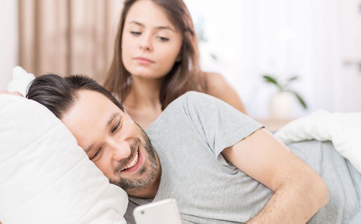 صورة تفسير الخيانة الزوجية في المنام , حلمت اني اخون زوجي