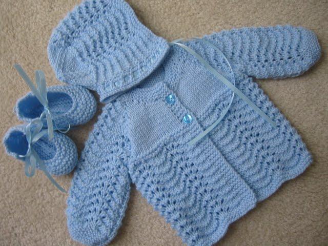صورة شغل صوف يدوي للاطفال , لبسي طفلك ملابس يدوية