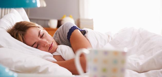 صورة اسباب النوم المفاجئ , النوم بطريقة مفاجاة