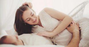 صورة هل الرعشة تؤثر على الجنين , انا حامل وخايفة علي طفلي من الرعشة