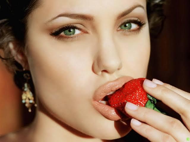 صورة اجمل صور انجلينا جولي , من هي انجلينا جولي