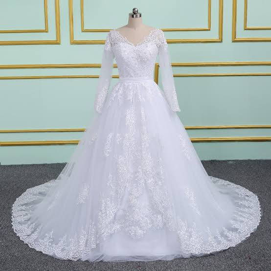 صورة فساتين زفاف دانتيل كم طويل , شاهدي اجمل فساتين زفاف دانتيل 10392 2