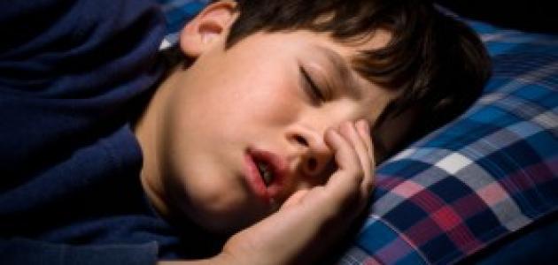 صورة سبب الشخير عند الاطفال , طفلي بيشخر بصوت عالي