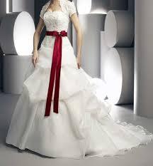 صورة فستان زفاف ابيض مع احمر , فستان زفاف شكل جديد 11163 3