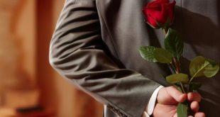 صورة علامات الحب الصامت , ازاي تعرفي انه بيحبك