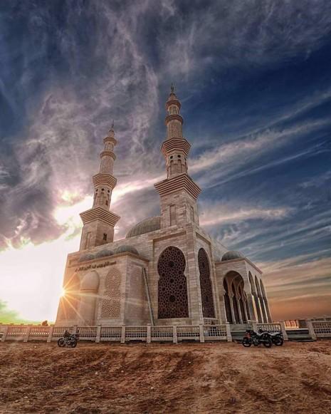 صورة رؤية المسجد في المنام , حلمت اني اعد في المسجد