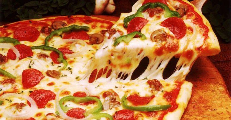 صورة اسهل طريقة عمل البيتزا , حضري بيتزا سهلة بنفسك