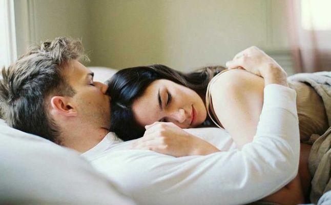 صورة كيف اجعل زوجي يشتاق لي , ازاي اخلي زوجي يقولي وحشتيني