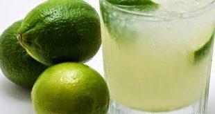 صورة فوائد الماء الدافئ مع الليمون على الريق , وصفة سحرية كل يوم